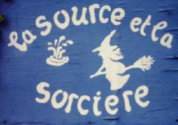 logo source et sorciere